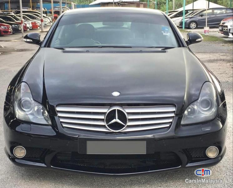 Picture of Mercedes Benz CLS 350 3.5-LITER LUXURY SEDAN Automatic 2006