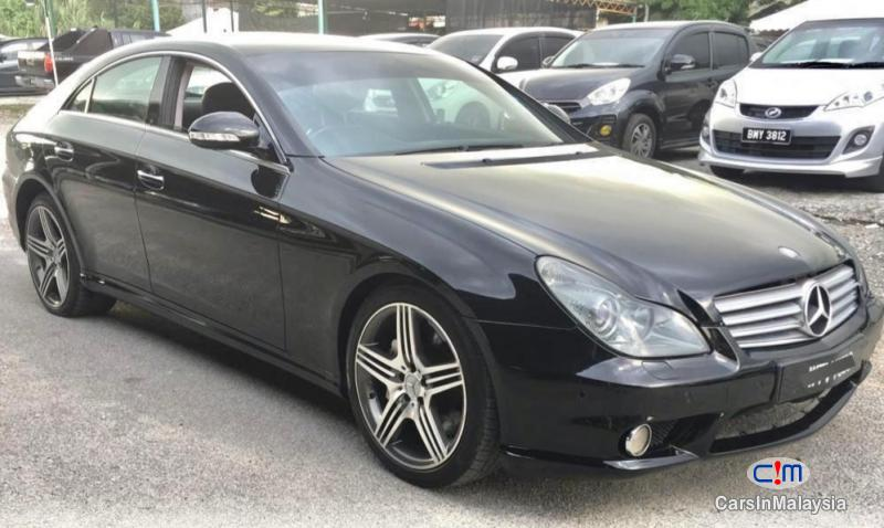 Mercedes Benz CLS 350 3.5-LITER LUXURY SEDAN Automatic 2006