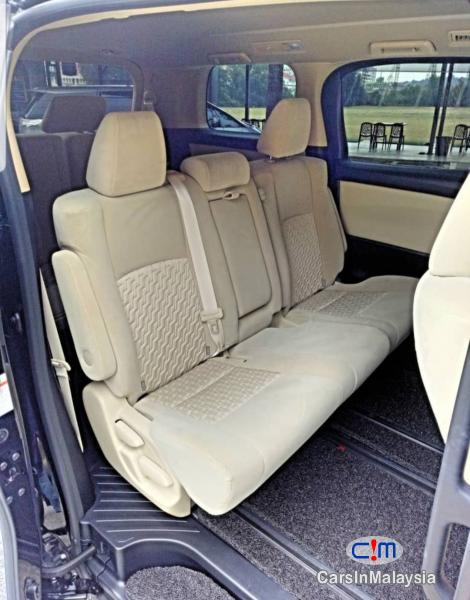 Toyota Alphard 2.5-LITER LUXURY FAMILY MPV Automatic 2015 - image 12