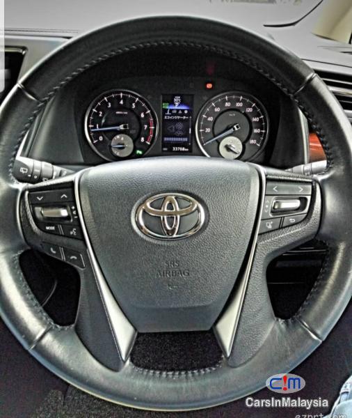 Toyota Alphard 2.5-LITER LUXURY FAMILY MPV Automatic 2015 - image 14