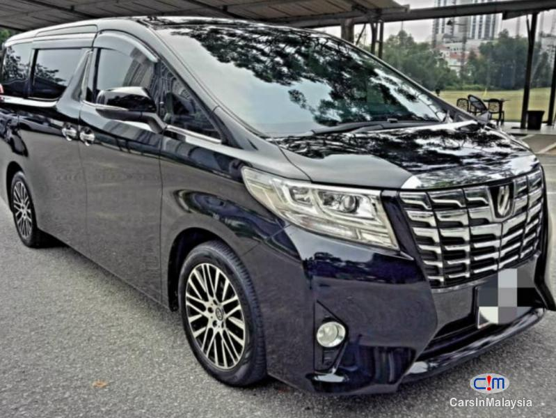 Picture of Toyota Alphard 2.5-LITER LUXURY FAMILY MPV Automatic 2015 in Malaysia