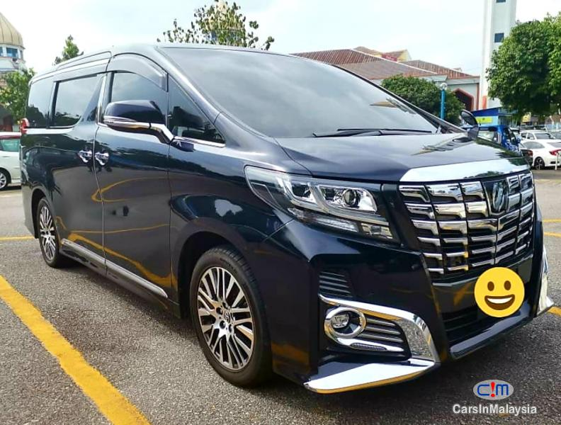Picture of Toyota Alphard 2.5-LITER VIP LUXURY FAMILY MPV Automatic 2015