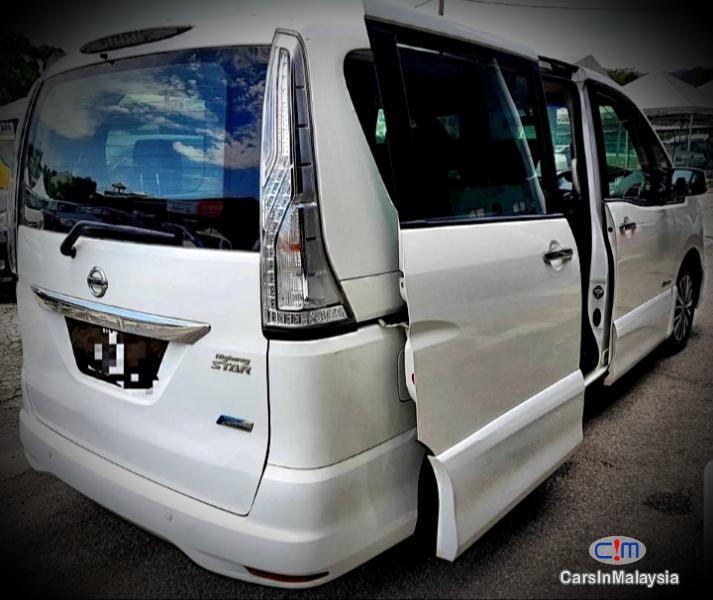 Nissan Serena Hybrid 2.0 Auto MPV Automatic 2015 in Kuala Lumpur