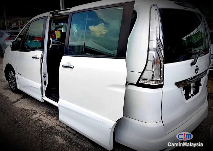 Picture of Nissan Serena Hybrid 2.0 Auto MPV Automatic 2015 in Kuala Lumpur