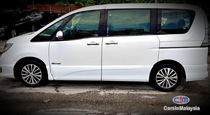 Picture of Nissan Serena Hybrid 2.0 Auto MPV Automatic 2015 in Malaysia