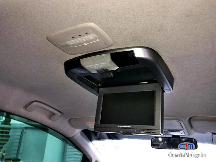 Picture of Mitsubishi Grandis 2.4-LITER HIGH FULL SPEC FAMILY MPV Automatic 2009 in Selangor
