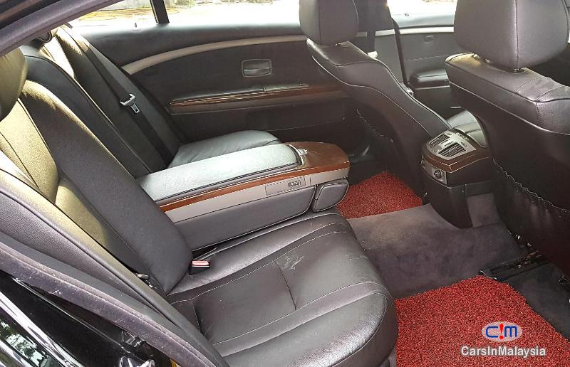 BMW 7 Series VIP LIMOUSINE LUXURY Automatic 2004 in Selangor - image