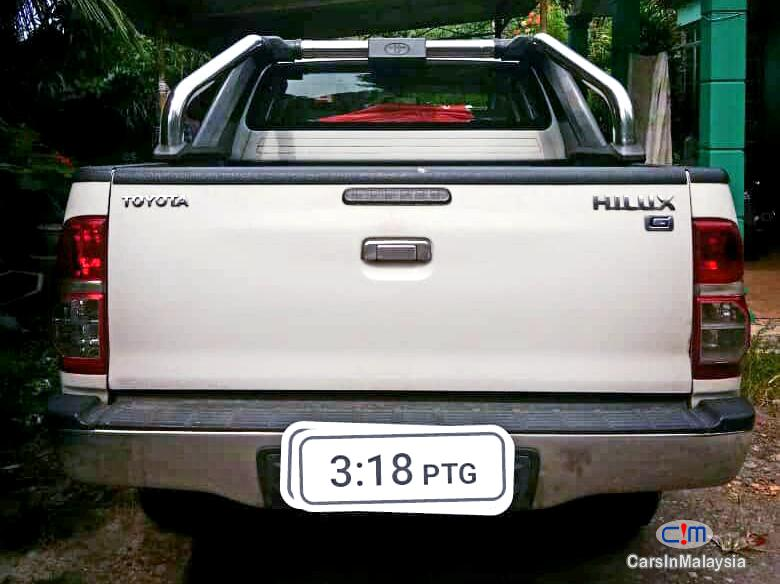 Toyota Hilux 2.5 4X4 TURBO DIESEL AUTO Automatic 2013