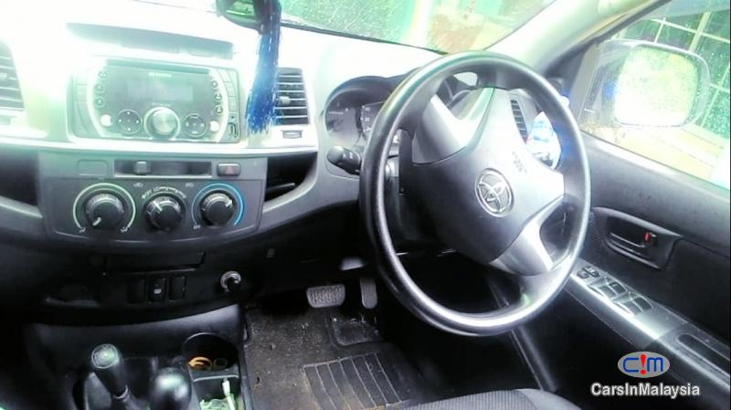 Picture of Toyota Hilux 2.5 4X4 TURBO DIESEL AUTO Automatic 2013 in Johor