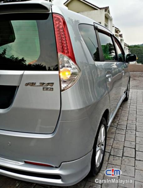 Perodua Alza 1.5-LITER ECONOMY MPV Automatic 2011 in Selangor - image