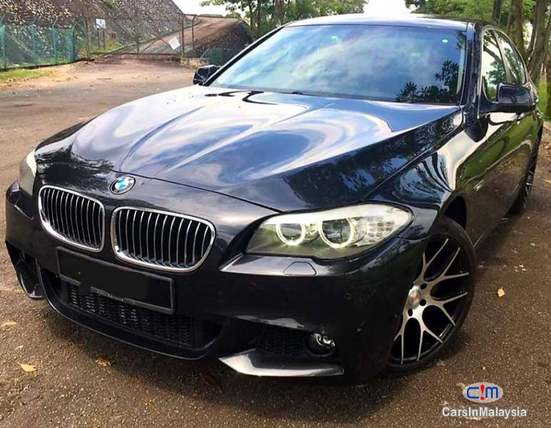 Pictures of BMW 5 Series 3.0-LITER LUXURY SEDAN Automatic 2011