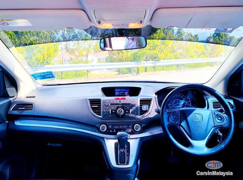 Honda CR-V 2.0-LITER ECONOMIC FAMILY SUV Automatic 2014 in Malaysia - image