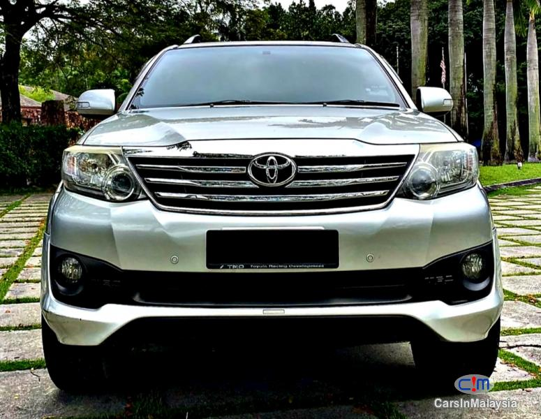 Picture of Toyota Fortuner 2.7 4WD 7 SEATER LUXURY FAMILY SUV Automatic 2012