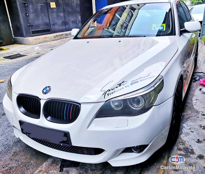 BMW 5 Series 2.5-LITER LUXURY SALOON Automatic 2004