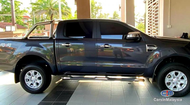 Ford Ranger 2.2-LITER 4X4 4WD DIESEL TURBO DOUBLE CAB CHASSIS Automatic 2017 in Selangor