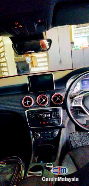 Mercedes Benz A180 1.6-LITER AMG TURBO SPORTY HATCHBACK Automatic 2015 - image 10