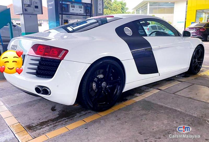Picture of Audi R8 4.2-LITER POWERFUL LUXURY SUPER SPORT CAR SKIM EZY APPROVED Automatic 2013