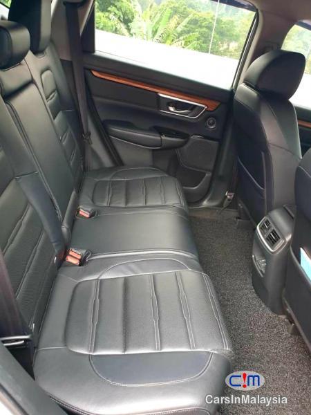 Honda CR-V 1.5-LITER LUXURY FAMILY SUV Automatic 2018 in Kuala Lumpur - image