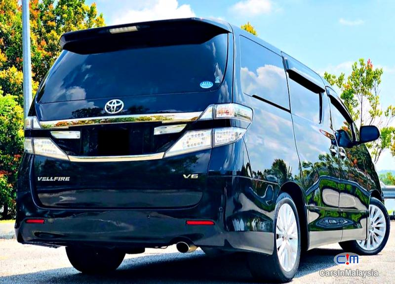 Picture of Toyota Vellfire 3.5-LITER LUXURY 7 SEATER MPV Automatic 2016