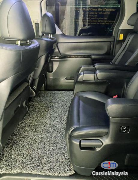 Toyota Alphard 3.5-LITER LUXURY PILOT SEATS FULLSPEC MPV Automatic 2016 - image 10