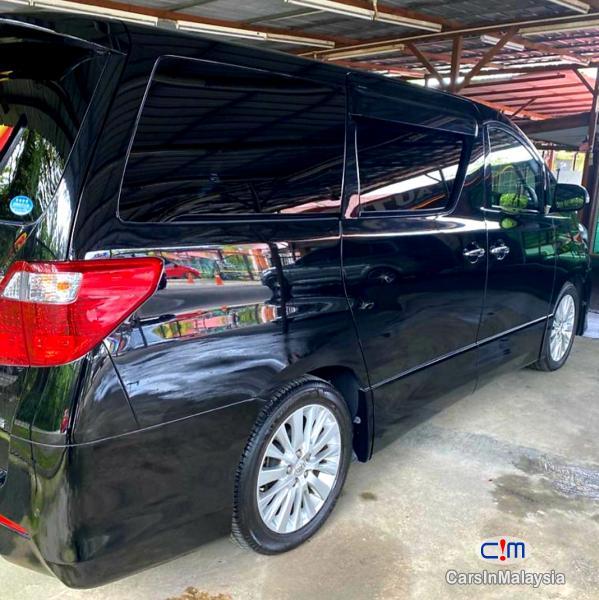 Toyota Alphard 3.5-LITER LUXURY PILOT SEATS FULLSPEC MPV Automatic 2016 in Malaysia