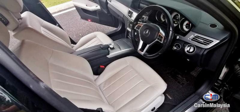 Mercedes Benz E300 2.1-LITER TURBO DIESEL LUXURY SEDAN Automatic 2014 - image 10