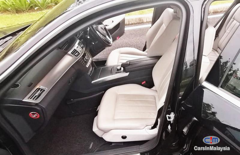 Mercedes Benz E300 2.1-LITER TURBO DIESEL LUXURY SEDAN Automatic 2014 - image 11