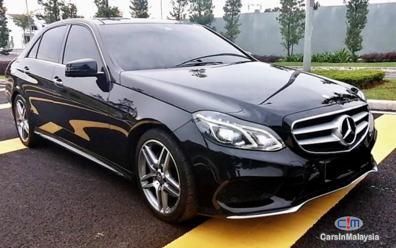 Pictures of Mercedes Benz E300 2.1-LITER TURBO DIESEL LUXURY SEDAN Automatic 2014