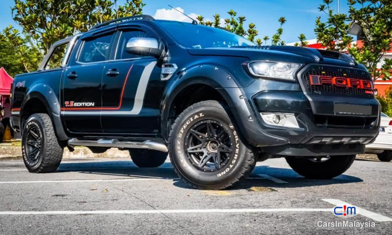 Ford Ranger 2.2-LITER 4X4 TURBO DIESEL DOUBLE CAB Automatic 2018 - image 12