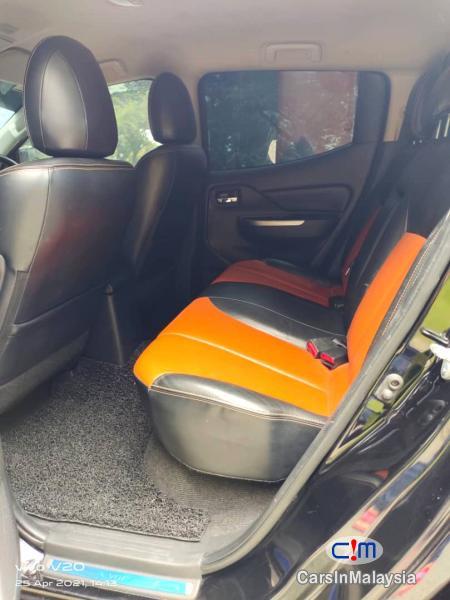 Mitsubishi Triton 2.4-LITER DOUBLE CAB MIVEC 4X4 DIESEL TURBO Automatic 2018 - image 10