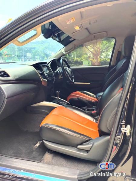 Mitsubishi Triton 2.4-LITER DOUBLE CAB MIVEC 4X4 DIESEL TURBO Automatic 2018 - image 9
