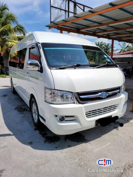 Picture of CAM Placer 2.5-LITER PASSENGERS VAN MPV 18 SEATERS Manual 2017
