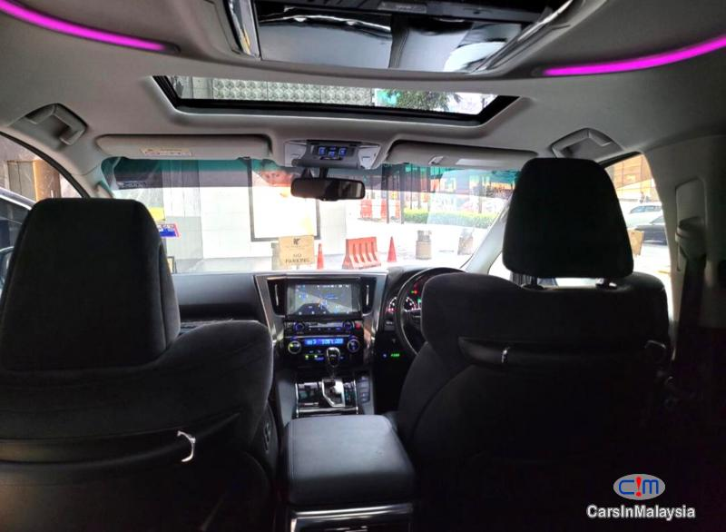 Toyota Alphard 2.5-LITER LUXURY FAMILY MPV 7 PILOT SEATERS Automatic 2016 in Malaysia
