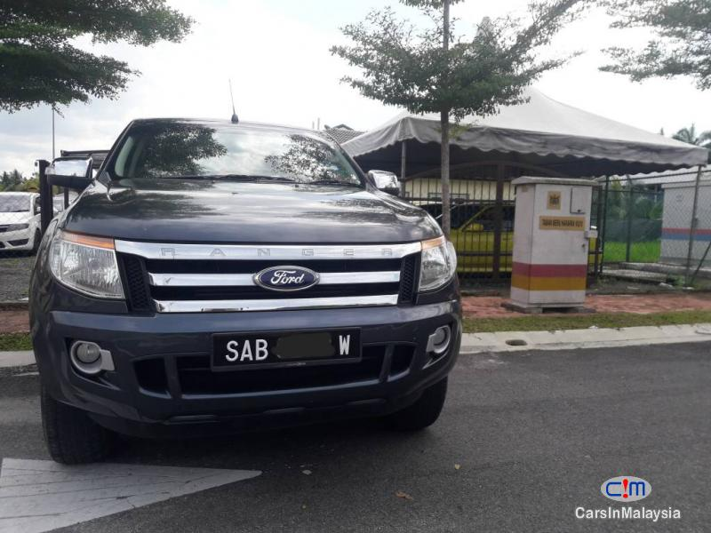 Pictures of Ford Ranger Automatic 2015