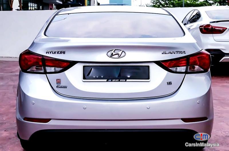 Picture of Hyundai Elantra 1.6-Liter Economy Sedan Automatic 2015
