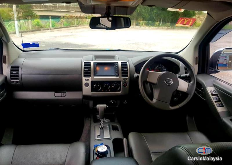 Nissan Navara 2.5-LITER 4x4 DOUBLE CAB DIESEL TURBO Automatic 2015 in Malaysia