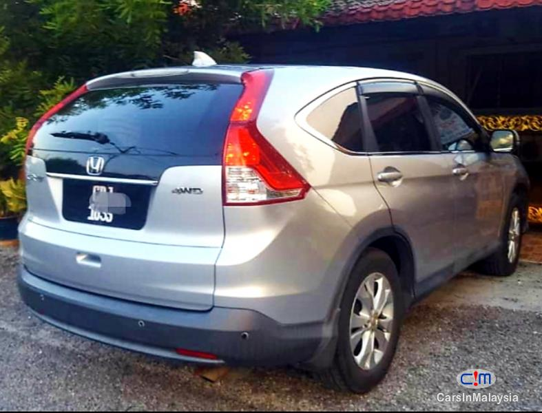 Pictures of Honda CR-V 2.0-LITER LUXURY FAMILY SUV Automatic 2014