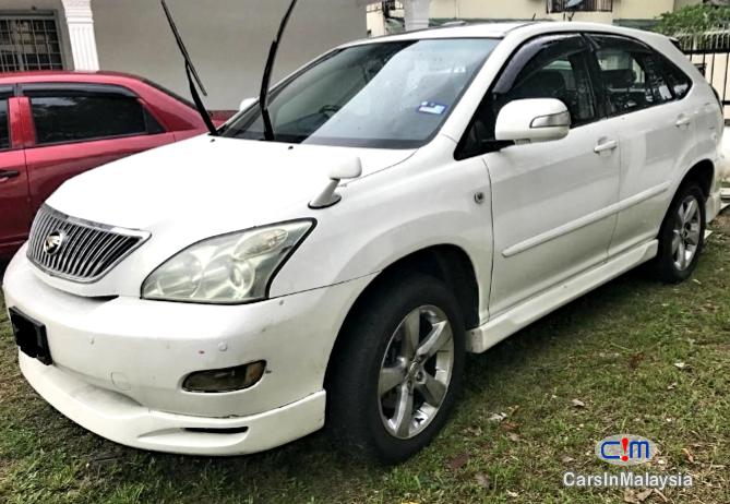 Picture of Toyota Harrier 2.4 SUV Automatic 2005