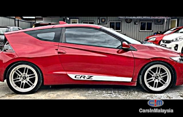Honda CR-Z 1.5-LITER FUEL ECONOMY SPORTY COUPE Automatic 2014 in Kuala Lumpur