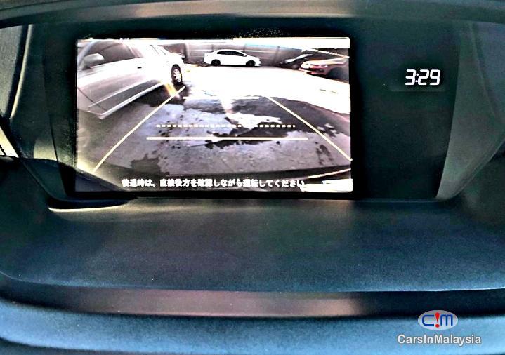 Honda Odyssey 2.4-Liter Luxury Family MPV 7 Seater Automatic 2014 - image 9