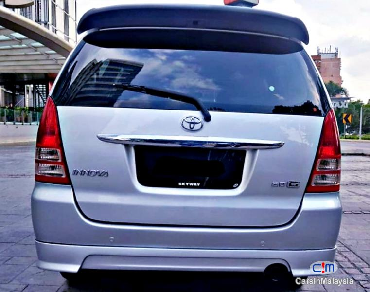Picture of Toyota Innova 2.0-LITER FAMILY MPV Automatic 2006