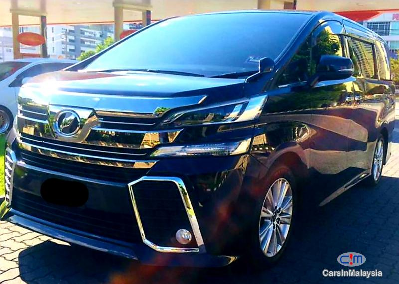 Picture of Toyota Vellfire 2.5-LITER 7 SEATER LUXURY FAMILY MPV Automatic 2017
