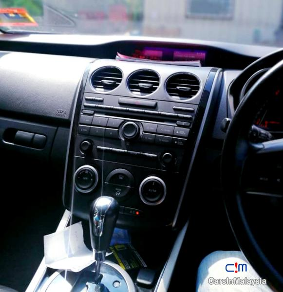 Mazda CX-7 2.3-LITER FAMILY SUV Automatic 2010 in Pahang - image