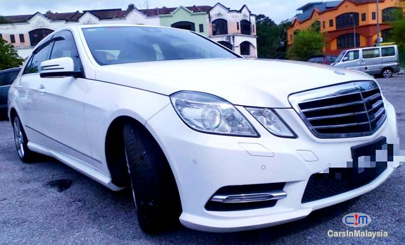 Picture of Mercedes Benz E250 CGI 1.8-LITER LUXURY SEDAN Automatic 2012
