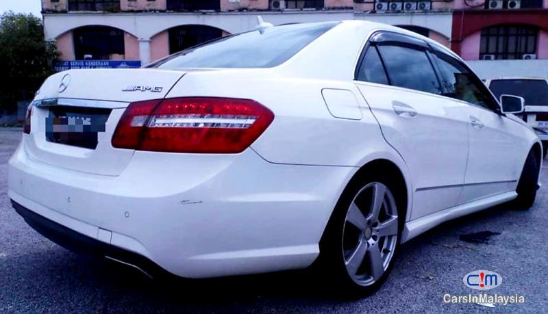 Mercedes Benz E250 CGI 1.8-LITER LUXURY SEDAN Automatic 2012 in Malaysia