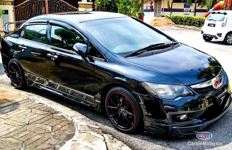 Honda Civic 1.8-LITER SPORT SEDAN Automatic 2011 in Kuala Lumpur
