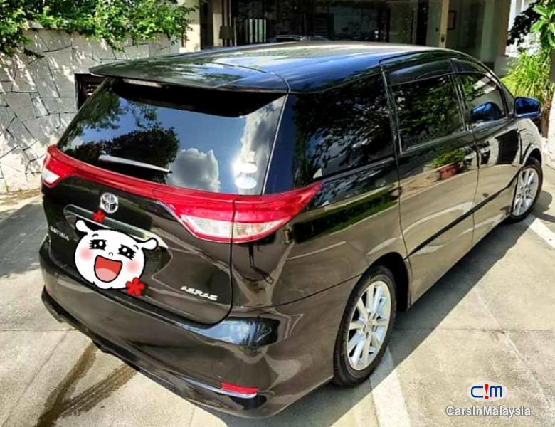 Toyota Estima 2.5-LITER 7 SEATER FAMILY MPV Automatic 2015