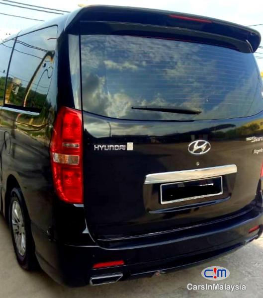Hyundai Grand Starex 2.5-LITER 11 SEATER FAMILY MPV Automatic 2015 in Malaysia