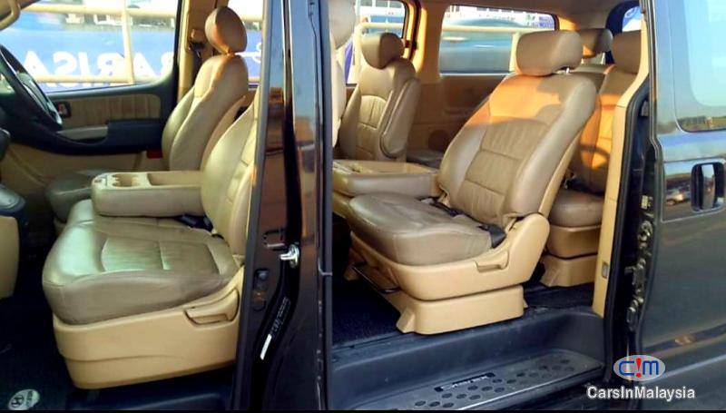 Picture of Hyundai Grand Starex 2.5-LITER 11 SEATER FAMILY MPV Automatic 2015 in Malaysia
