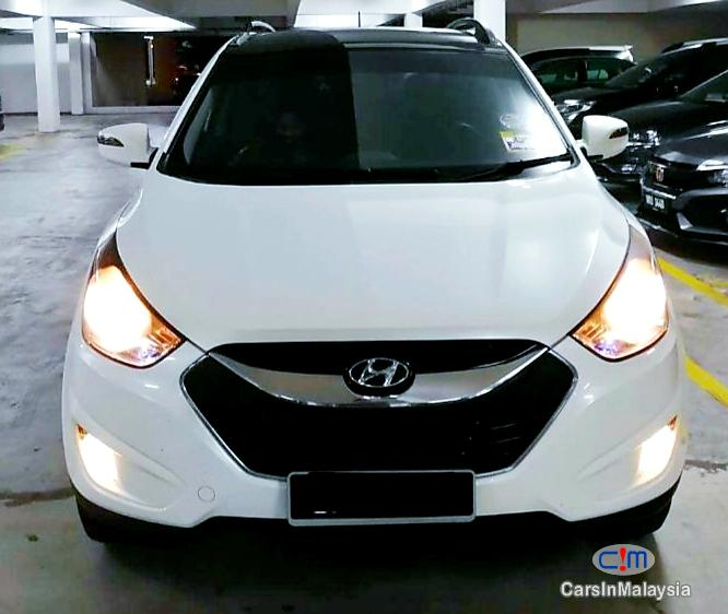 Picture of Hyundai Tucson 2.0-LITER FAMILY SUV Automatic 2010